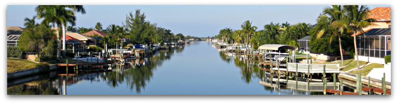 intersecting-canals-in-cape-coral