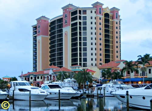 what-do-cape-coral-condos-look-like