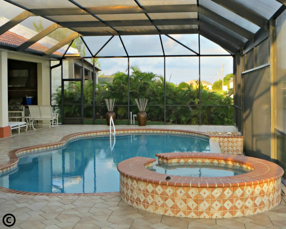 Southwest flordia pool homes for sale with lenora marshall for Florida pool homes
